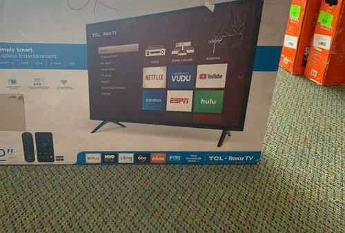 "Brand New TCL ROKU TV 32"" open box w/ warranty FH"