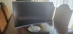 """Silver samsung curved 27"""" monitor for Sale in Los Angeles, CA"""