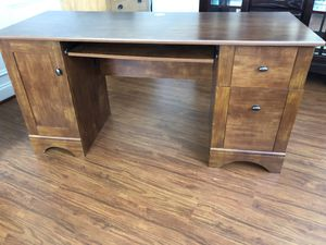 Office Desk for Sale in Broad Run, VA