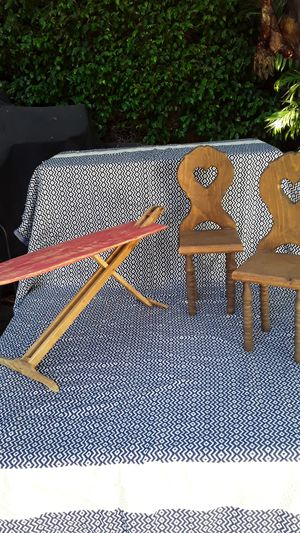 Doll furniture-vintage 1970s** for Sale in Long Beach, CA