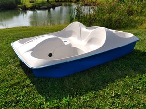 2012 Pontoon Style Paddle Boat Hull for Sale in Mount Vernon, OH