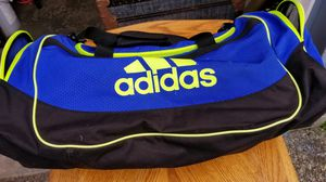 Adidas duffle bag for Sale in Kent, WA