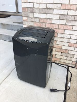 14,000 btu AC for Sale in Downers Grove, IL