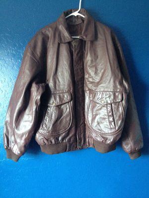 Maroon leather jacket for Sale in Phoenix, AZ