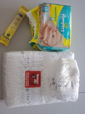 Diapers and enfamil for Sale in Saint Cloud, FL