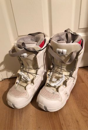 Salomon Pearl Women's 9 Snowboard Boots, White for Sale in Milpitas, CA