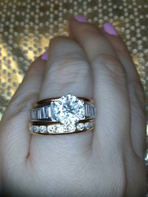 Platinum rose gold diamond ring 3 carat for Sale in Atlanta, GA