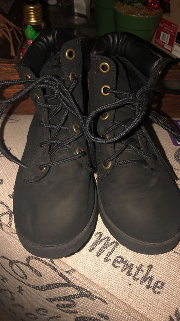 Girls combat boots size 2