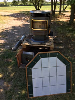Working Whitfield pellet stove for Sale in Pittsville, MD