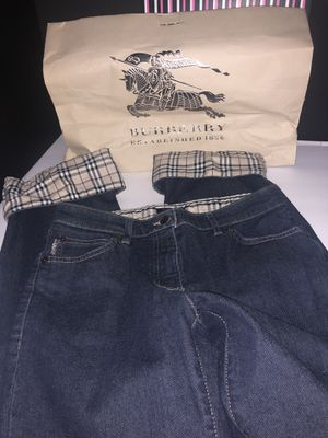 Burberry cuff pants size 6 very nice for Sale in Dublin, OH