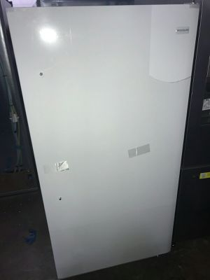 Frigidaire Upright Deep Freezer for Sale in St. Louis, MO