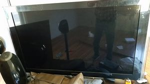 Samsung LN-T5271F 52 Inch TV for Sale in Newport News, VA