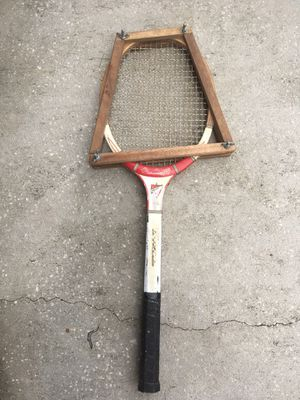Mac Gregor challenger tennis racket - vintage for Sale in Oldsmar, FL