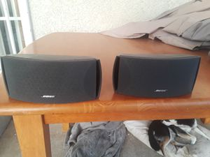 2 Bose speakers for Sale in Long Beach, CA