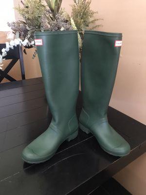 Hunter Original Tall Rain Boots, size 9, Hunter Green for Sale in Phoenix, AZ