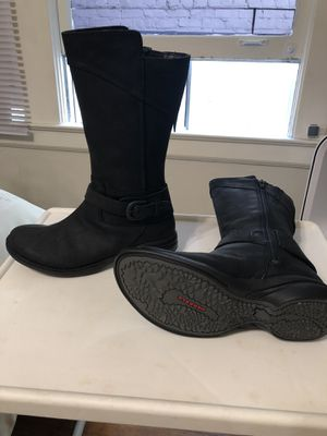 Merrell Women's rain boots size 7 for Sale in San Francisco, CA