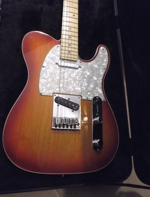 2013 Fender Elite Telecaster Cherry Burst with case for Sale in Chandler, AZ