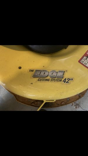 Jhon Deere riding lawn mower for Sale in Smyrna, GA