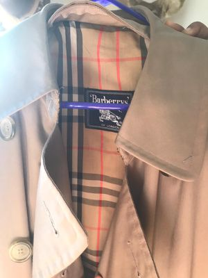 Authentic Burberry Coat, XL for Sale in Adelphi, MD