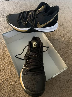 Kyrie 5 Size 11 Men for Sale in Los Angeles, CA