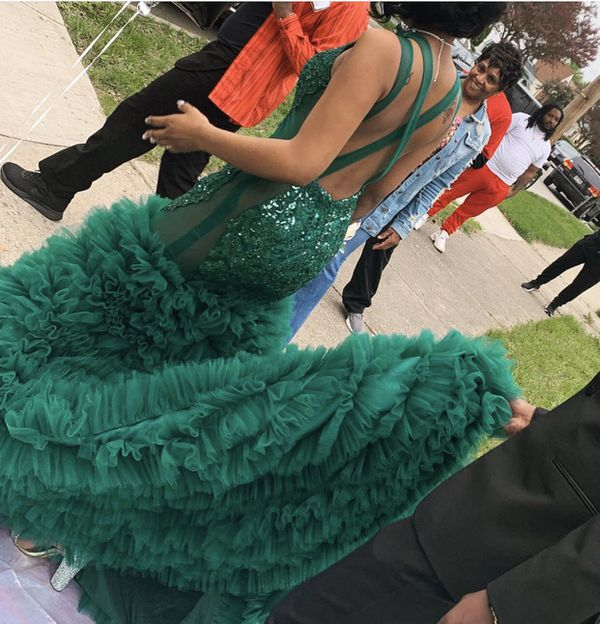 Sequence Green Prom Dress