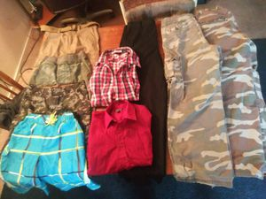 BOYS CLOTHING LOT SIZES 14-18 for Sale in Las Vegas, NV