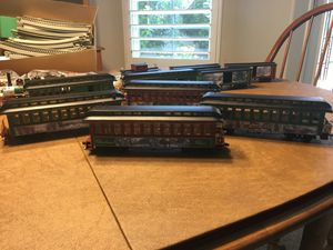 Thomas Kinkade Hawthorn Village Christmas Train for Sale in Wildomar, CA