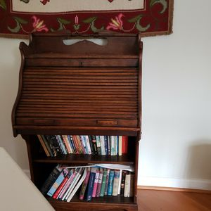 Antique desk for Sale in Poolesville, MD
