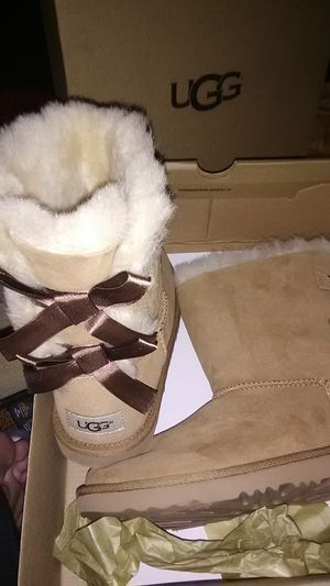 Brand New Ugg boots sz 4 for Sale in Lodi, CA