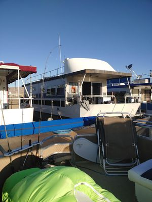 52 foot houseboat on Lake Mohave Bullhead City for Sale in Apple Valley, CA