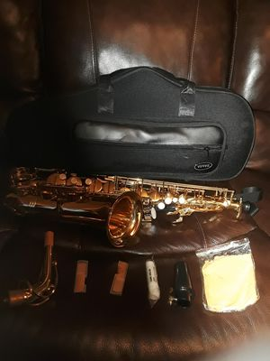 Alto Saxophone with case for Sale in Euless, TX