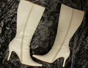 Womans Boots Size 5 for Sale in Modesto, CA