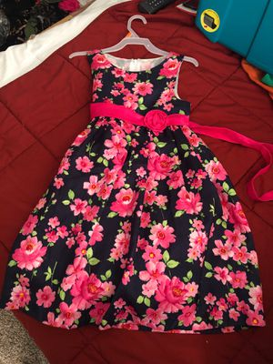 Pink and blue flower dress for Sale in Waldorf, MD
