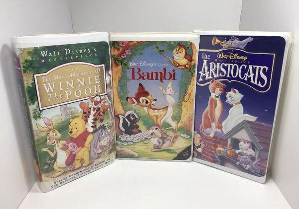 Walt Disney VHS Lot - The Aristocats, Bambi, Many Adventures of Winnie the Pooh