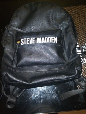 Steve Madden backpack for Sale in Chicago, IL