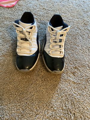 Jordan 11 low iridescent size 11.5 for Sale in Blacklick, OH