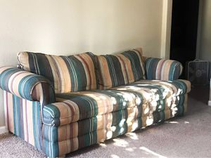 (Fold Out Bed) Couch for Sale in Clovis, CA