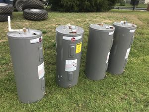 Water heaters 40 gallons 100 dollars each for Sale in Bryans Road, MD