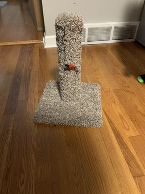 Scratching post for your furry friend for Sale in Elmhurst, IL