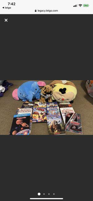 Movies,books, stuffed animals bundle for Sale in Trenton, MI
