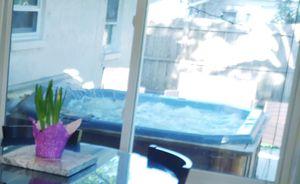 Hot tub for Sale in Tarpon Springs, FL