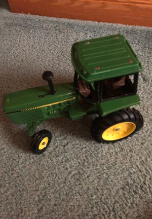 Vintage John Deere Tractor for Sale in King of Prussia, PA