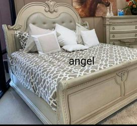 🎁BRAND NEW 🎗Stanley Antique White Sleigh Bedroom Set 122 for Sale in Laurel,  MD