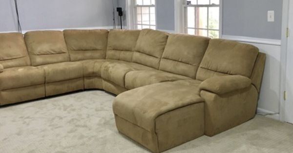 Durable Microfiber Sectional pull out queen bed, chase and two recliners