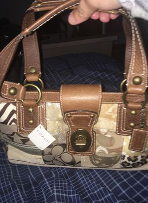Authentic Coach purse for Sale in Naperville, IL