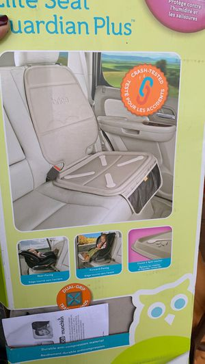 Car seat protector for Sale in Azusa, CA