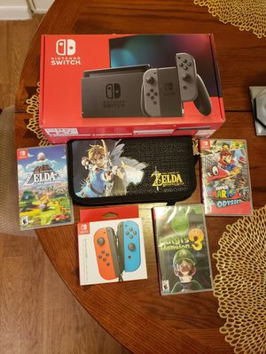 Nintendo Switch with games and extra controllers for Sale in Sunrise, FL