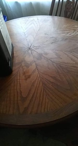 Round kitchen table with two chairs for Sale in Georgetown, KY