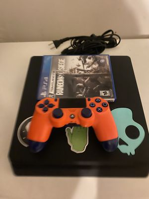 PS4 slim 1TB for Sale in Long Beach, CA