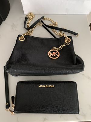 Authentic michael kors bag and wallet for Sale in Reynoldsburg, OH